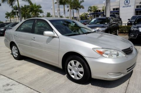 Pre-Owned 2003 Toyota Camry LE Front Wheel Drive 4dr Car