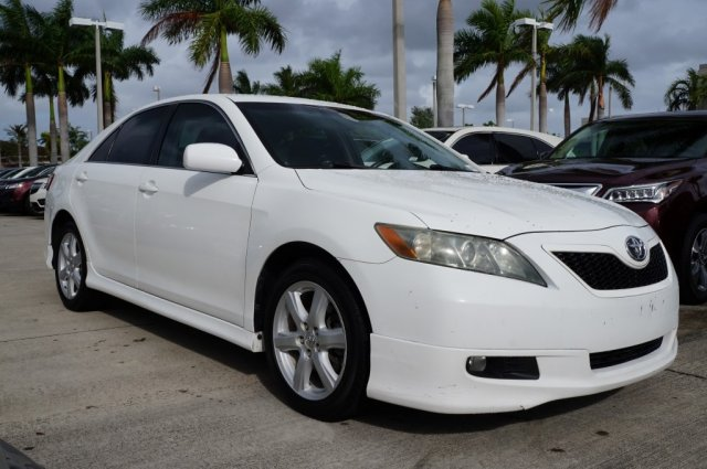Pre-Owned 2009 Toyota Camry SE Front Wheel Drive 4dr Car