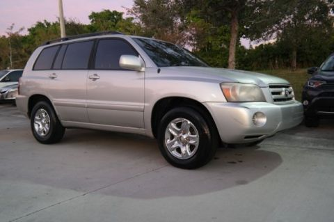 Pre-Owned 2005 Toyota Highlander Base